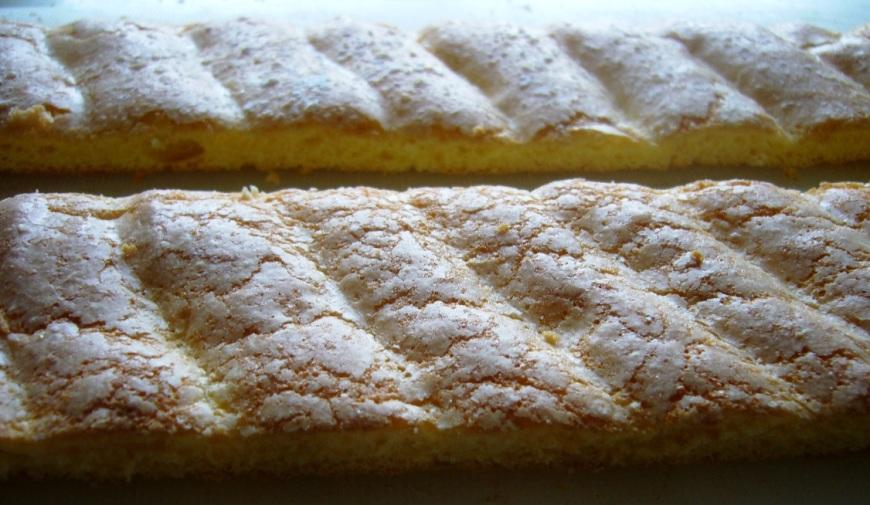 La cartouchière de biscuits cuiller