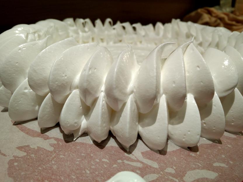06-meringue